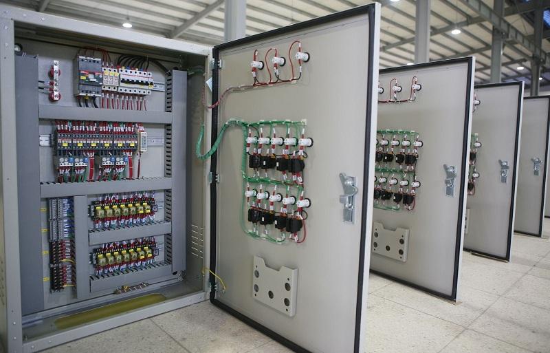 Tủ điện điều khiển CP